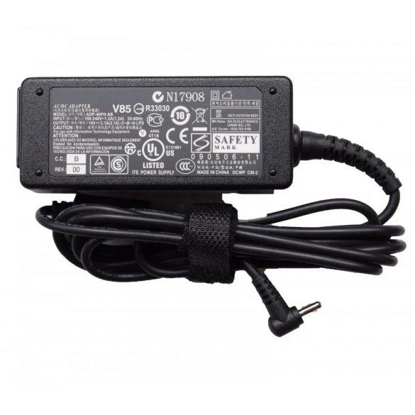 OEM gyári laptop töltő Asus 40W / 19V 2,1A / 2.5mm-0.7mm