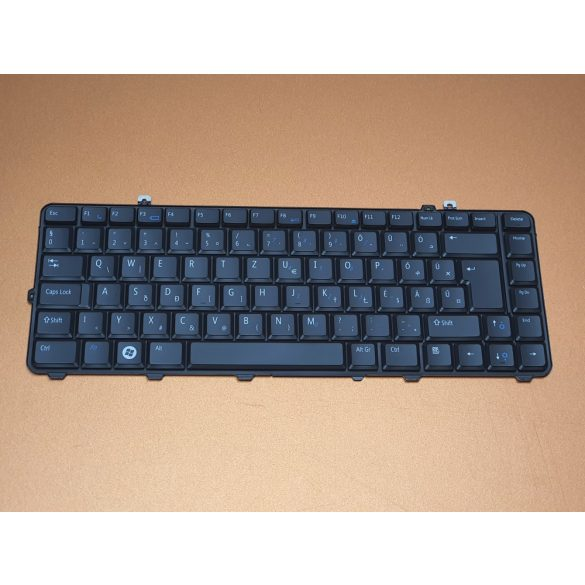 DE22 - klaviatúra magyar HU, fekete (Inspiron 1435, Studio 1535, 1536, 1537, 1555,1557, 1558)