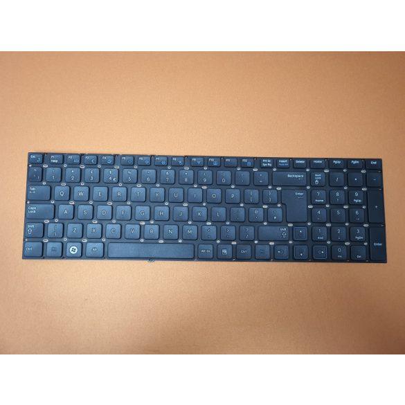 SA06 - klaviatúra angol UK, fekete (RC710, RC711, NP-RC710, NP-RC711, RC720)